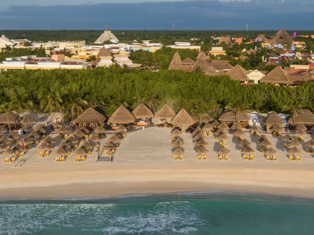 Iberostar Paraiso Maya (also valid for Staff's Family & Friends even if the Staff member is not travelling!)